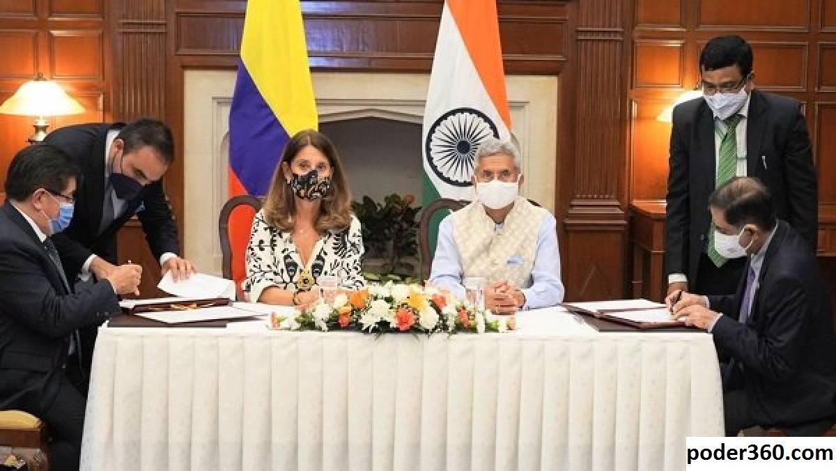 Wakil Presiden Venkaiah Naidu Bertemu Dengan Mitra Kolombia di Delhi, Amerika Selatan